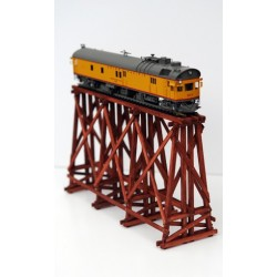 TRESTLE BRIDGE SAVANNAH HO ASSEMBLED PAINTED